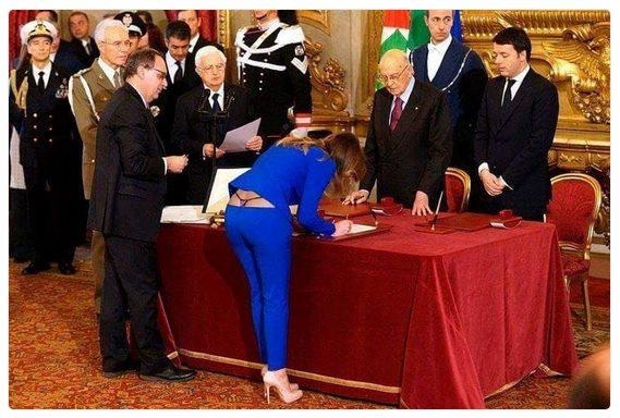 новый министр обороны Итали вступает в должность.jpg